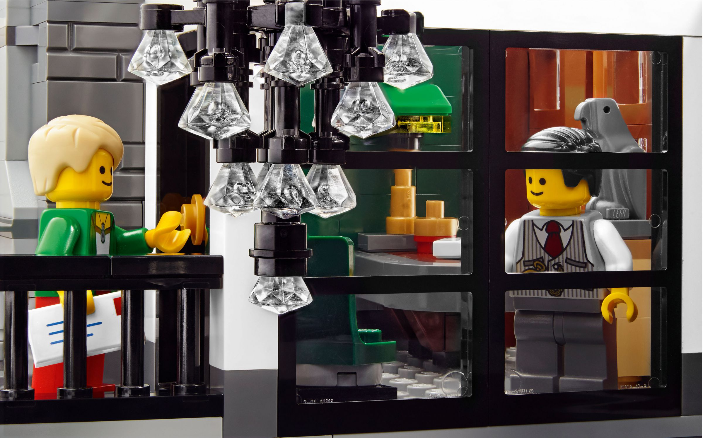 LEGO Advanced Models 10251 Steine-Bank 10251_Brick_Bank_10.jpg
