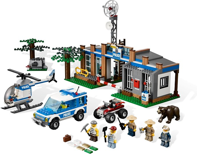 LEGO City 4440 Forest Police Station
