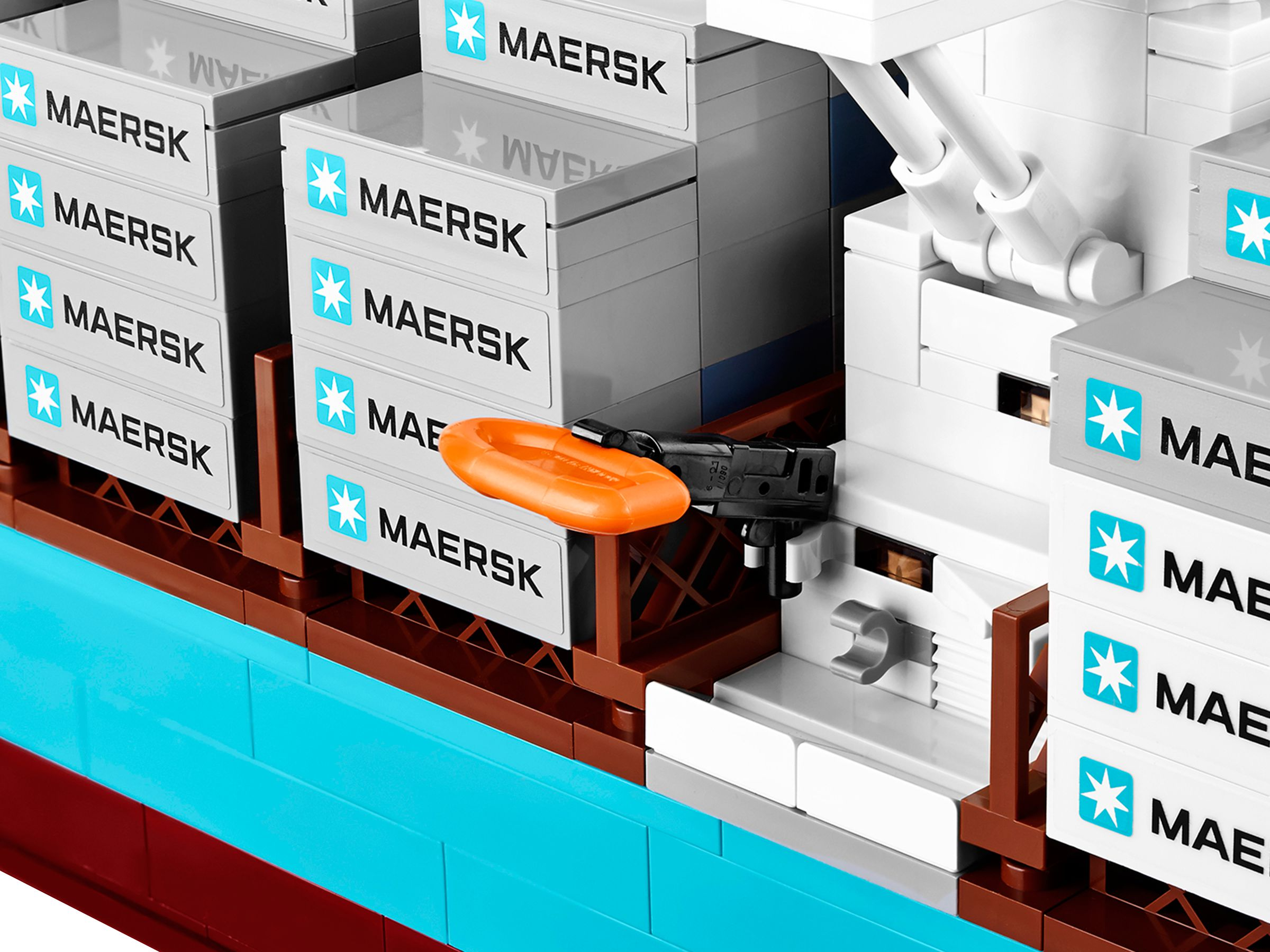 LEGO Advanced Models 10241 Maersk Containerschiff LEGO_10241_alt3.jpg