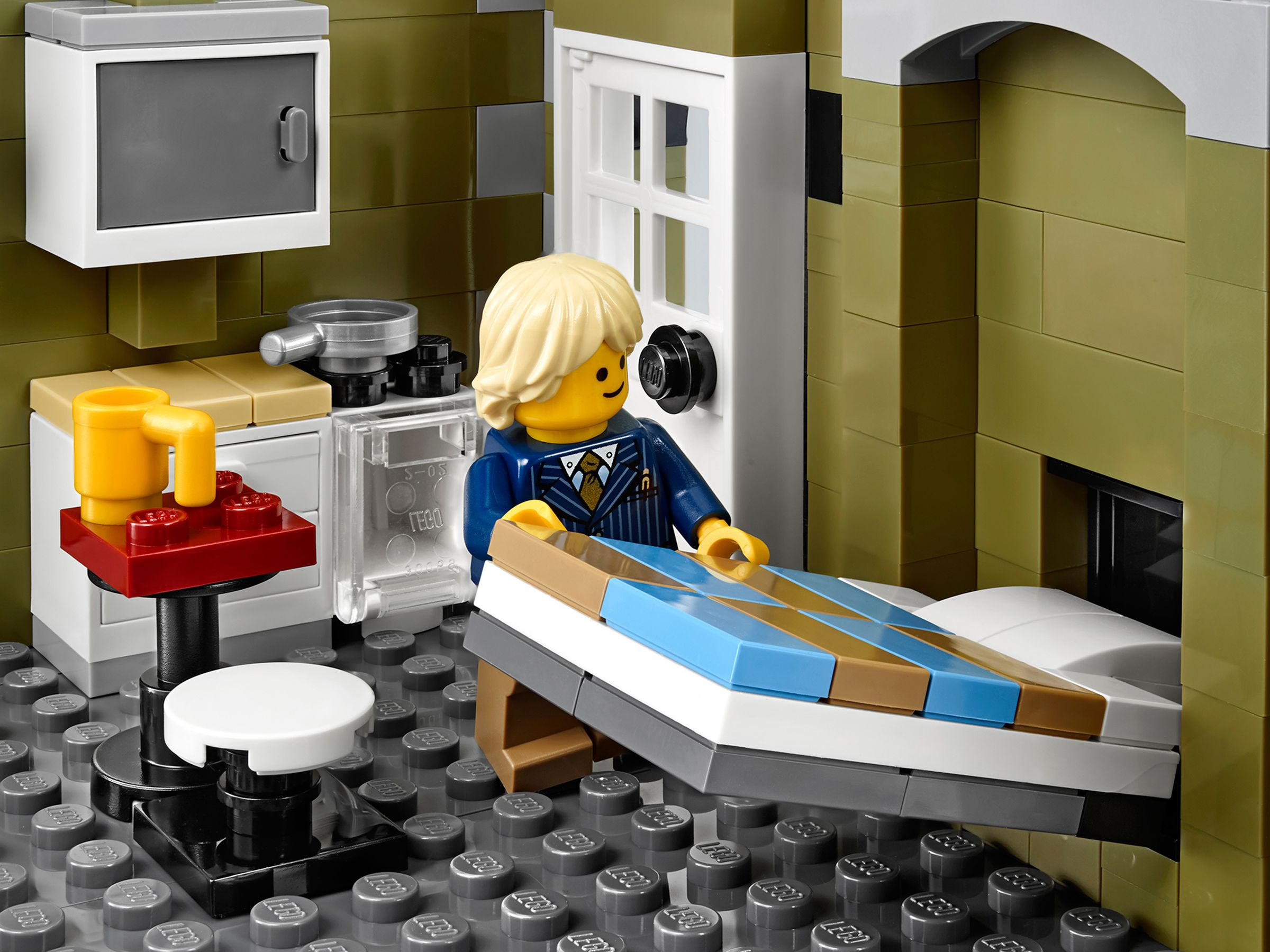 LEGO Advanced Models 10243 Pariser Restaurant LEGO_10243_alt9.jpg