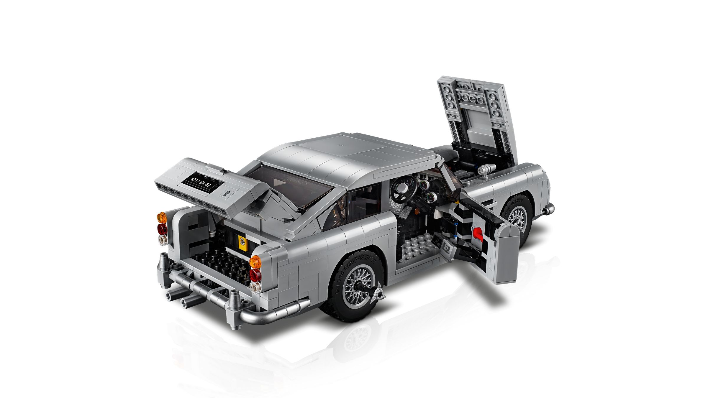 LEGO Advanced Models 10262 James Bond Aston Martin DB5 LEGO_10262_alt2.jpg