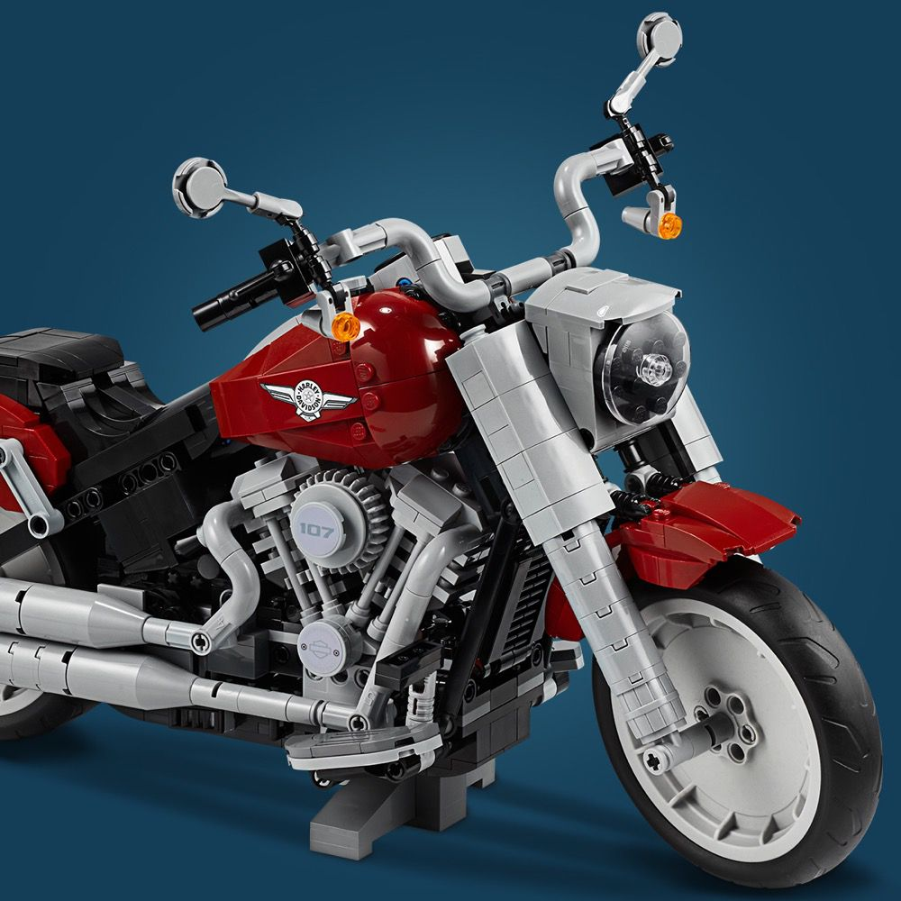 LEGO Advanced Models 10269 Harley-Davidson® Fat Boy® LEGO_10269_alt16.jpg