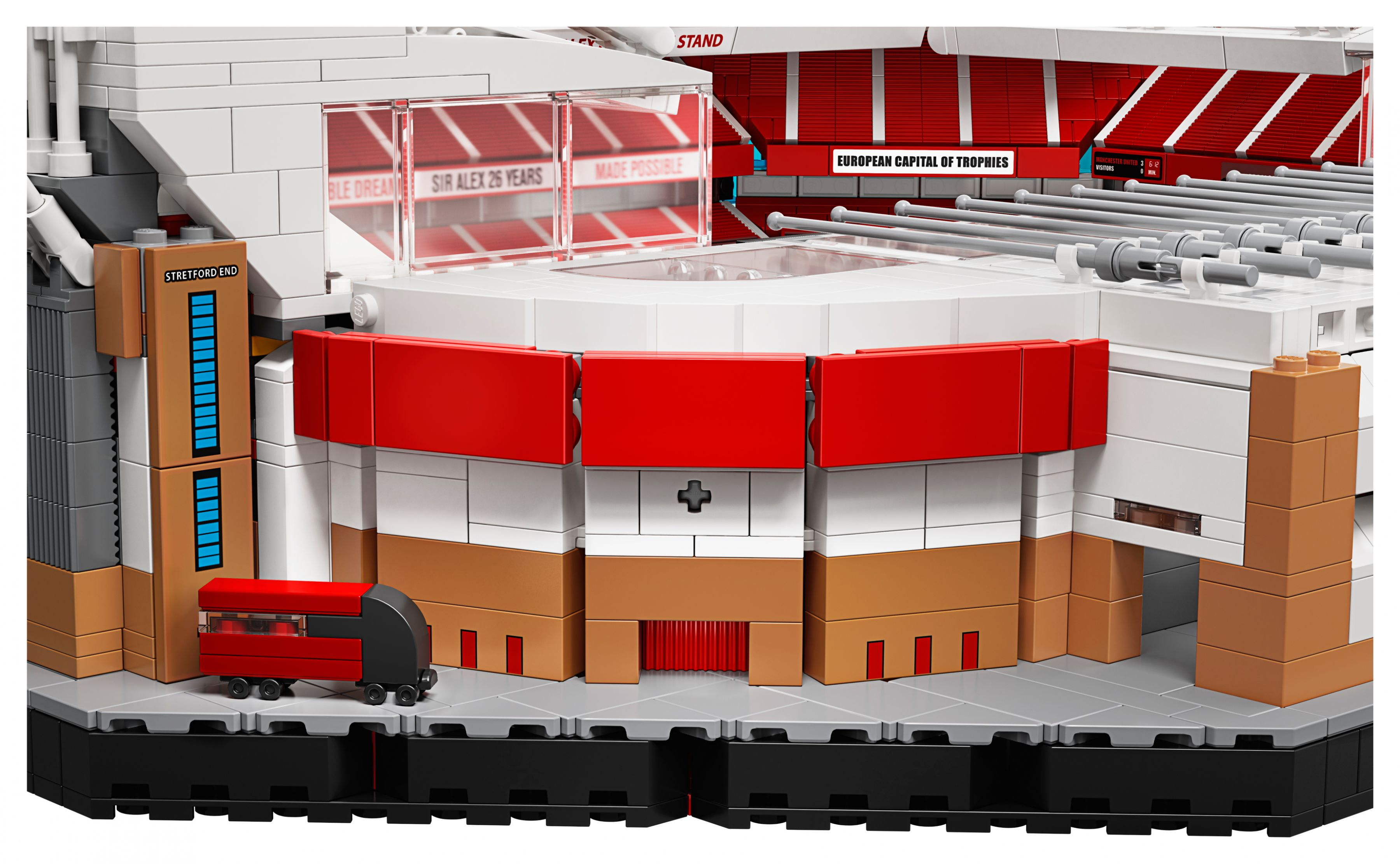 LEGO Advanced Models 10272 Old Trafford - Manchester United LEGO_10272_alt28.jpg