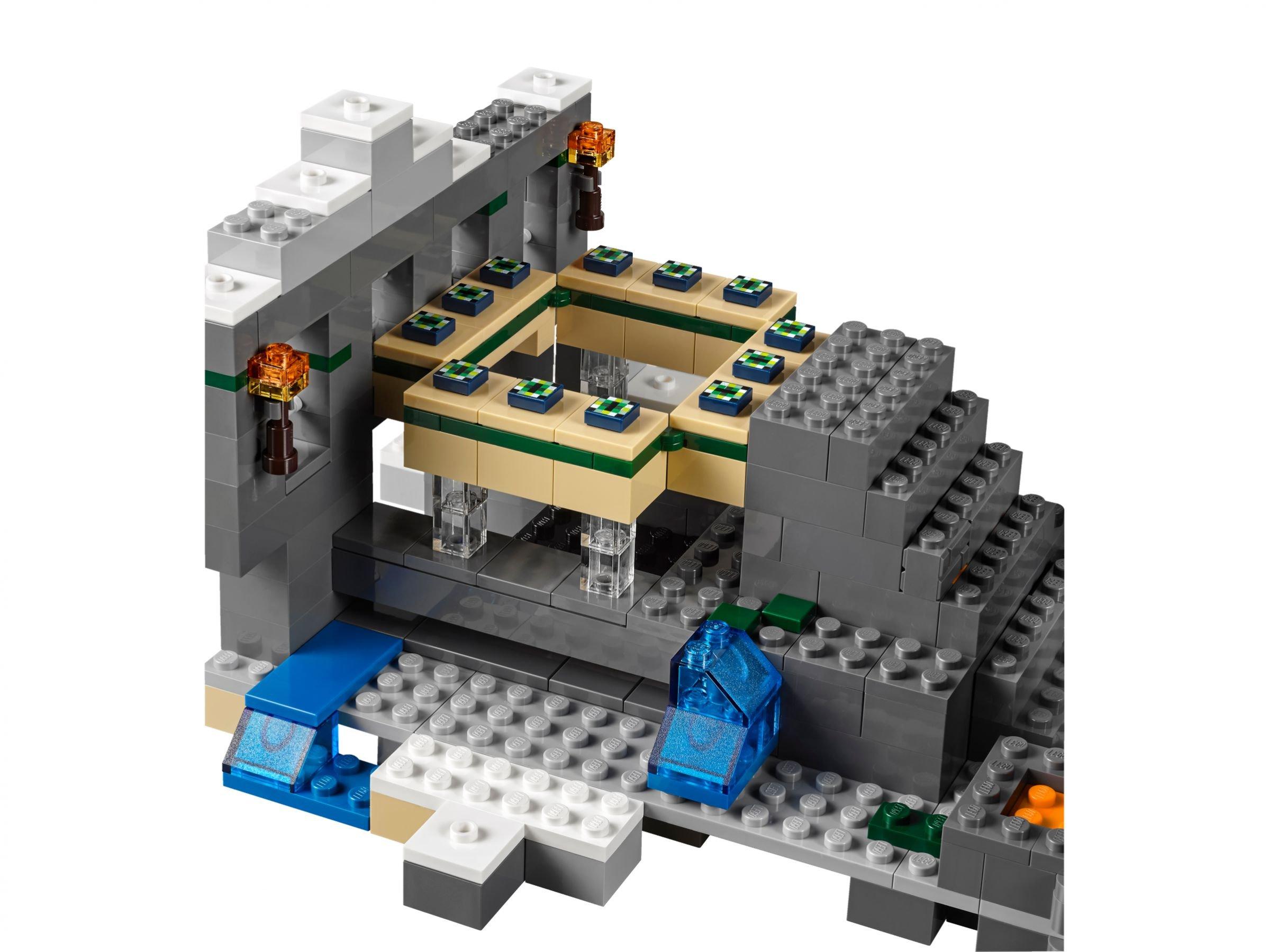 lego 21124 das end portal minecraft 2016 the end portal brickmerge. Black Bedroom Furniture Sets. Home Design Ideas