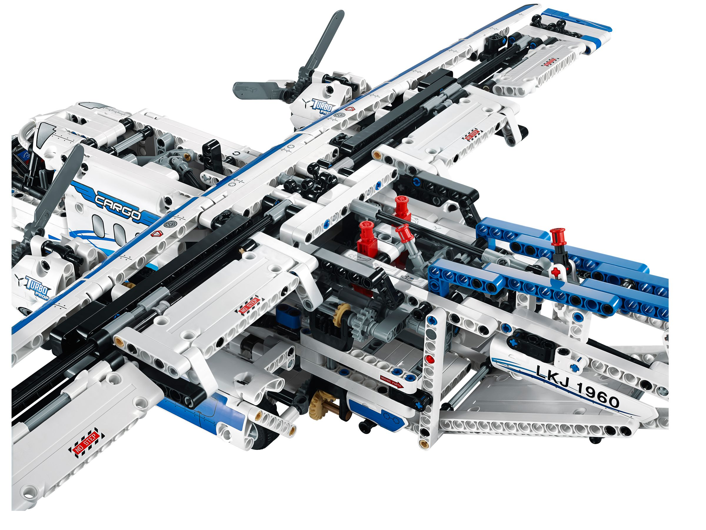 lego 42025 frachtflugzeug technic 2014 cargo plane brickmerge. Black Bedroom Furniture Sets. Home Design Ideas