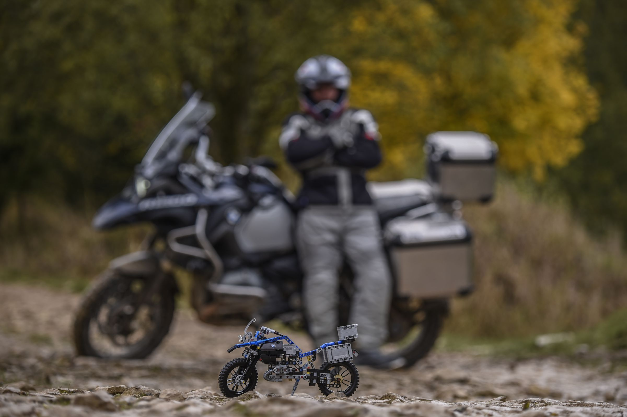 LEGO Technic 42063 BMW R 1200 GS Adventure LEGO_42063_bmw-R-1200-GS-Adventure_img9.jpg