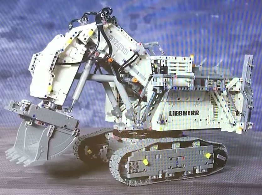 LEGO® Technic 42100 Liebherr R 9800