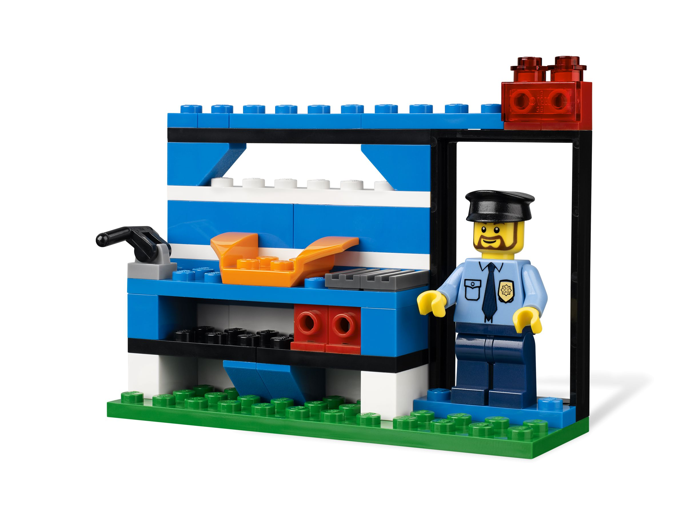 LEGO Bricks and More 4636 Police Building Set LEGO_4636_alt4.jpg
