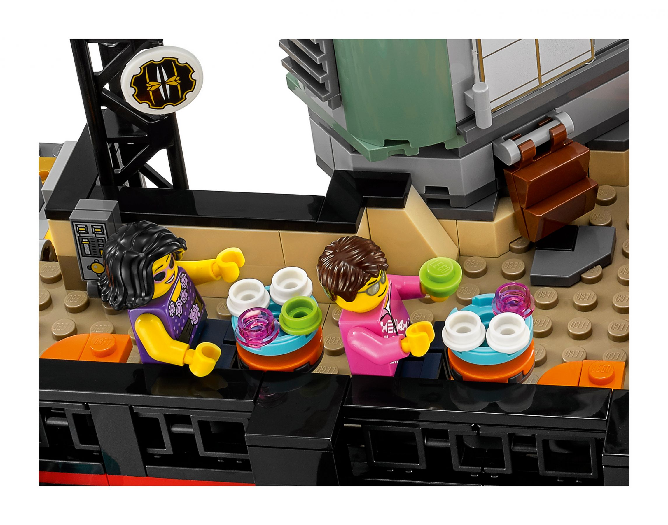 LEGO The LEGO Ninjago Movie 70620 Ninjago City LEGO_70620_alt7.jpg