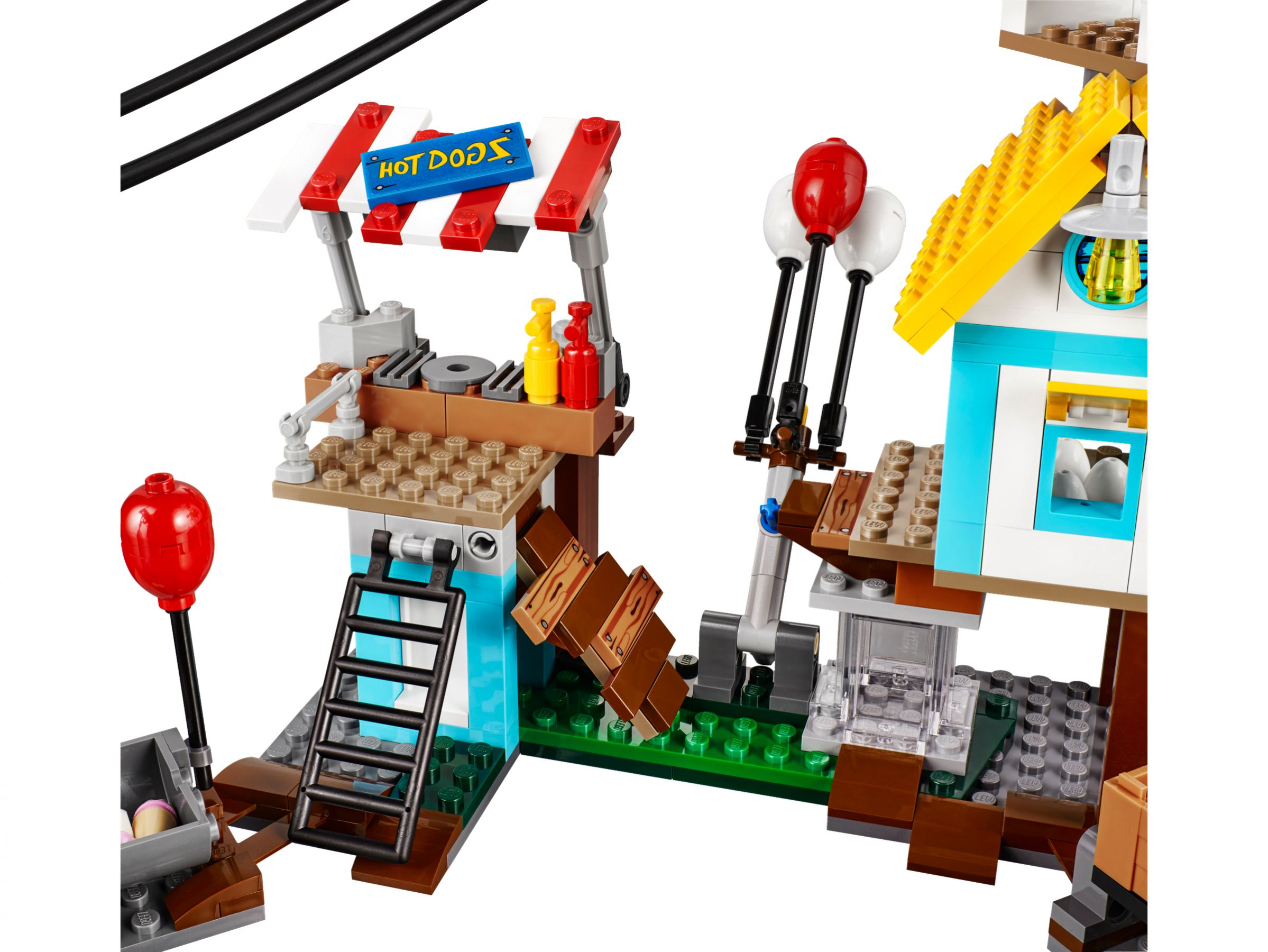 LEGO Angry Birds 75824 Pig City Teardown LEGO_75824_alt3.jpg