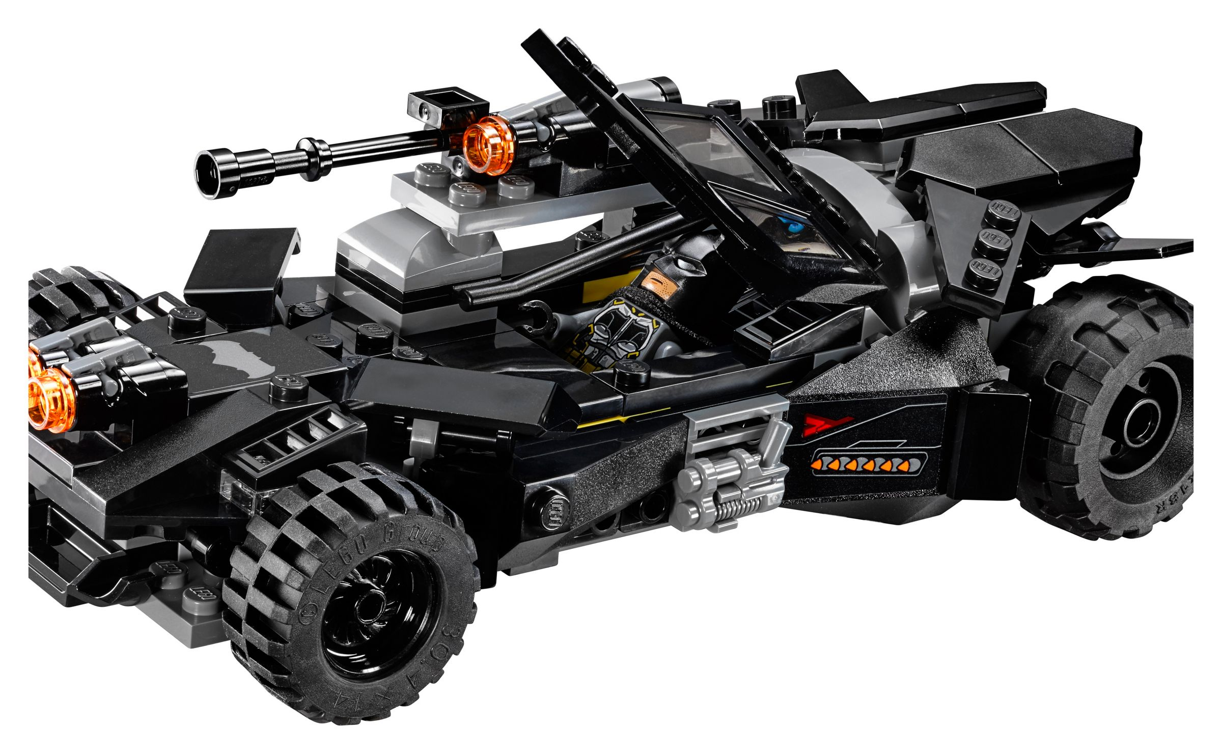 LEGO Super Heroes 76087 Flying Fox: Batmobil-Attacke aus der Luft LEGO_76087_alt15.jpg