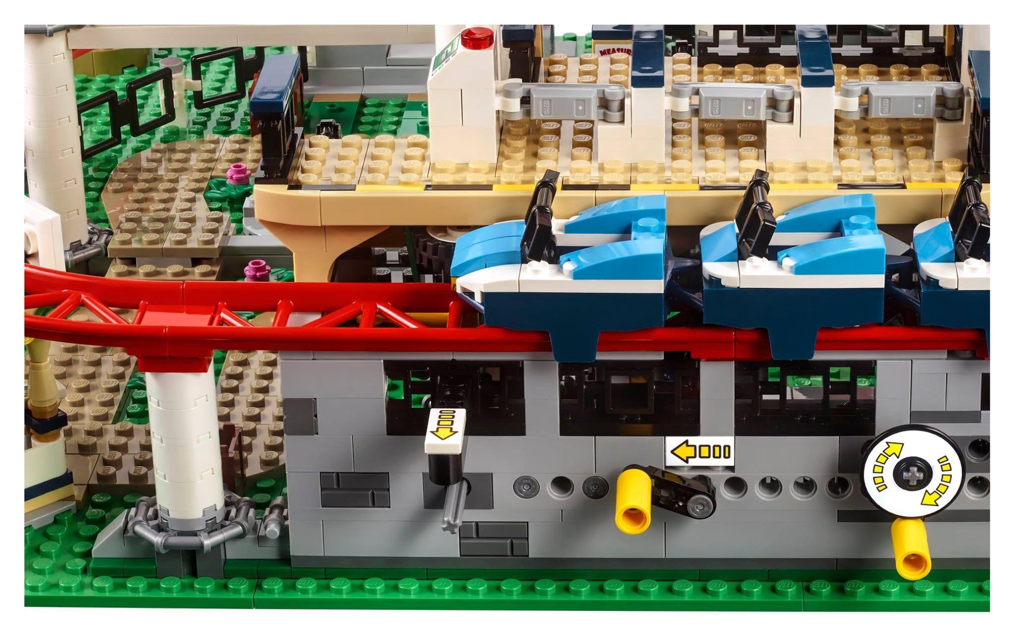 lego 10261 achterbahn creator expert 2018 roller coaster brickmerge. Black Bedroom Furniture Sets. Home Design Ideas