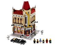 LEGO Advanced Models 10232 Palace Cinema - © 2013 LEGO Group