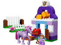 LEGO Duplo 10594 Sofia the First™ – Königlicher Stall - © 2015 LEGO Group