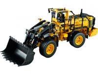LEGO Technic 42030 VOLVO L350F Radlader - © 2014 LEGO Group