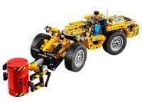 LEGO Technic 42049 Bergbau-Lader - © 2016 LEGO Group