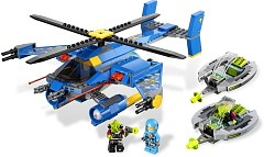 LEGO Space 7067 Alien Conquest : Einsatz im Rotor-Jet - © 2011 LEGO Group