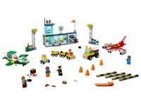 LEGO Juniors 10764 Flughafen - © 2018 LEGO Group