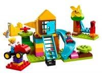 LEGO Duplo 10864 Steinebox mit großem Spielplatz - © 2018 LEGO Group