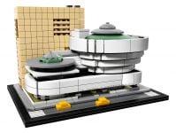 LEGO Architecture 21035 Solomon R. Guggenheim Museum® - © 2017 LEGO Group