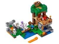 LEGO Minecraft 21146 Die Skelette kommen! - © 2018 LEGO Group