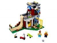 LEGO Creator 31081 Umbaubares Freizeitzentrum - © 2018 LEGO Group