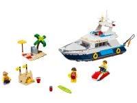 LEGO Creator 31083 Yacht - © 2018 LEGO Group