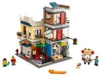 LEGO Creator 31097 Stadthaus mit Zoohandlung & Café - © 2019 LEGO Group