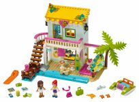 LEGO Friends 41428 Strandhaus mit Tretboot