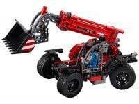 LEGO Technic 42061 Teleskoplader - © 2017 LEGO Group