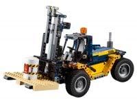 LEGO Technic 42079 Schwerlast-Gabelstapler - © 2018 LEGO Group