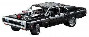LEGO Technic 42111 Dom's Dodge Charger - © 2020 LEGO Group