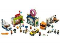 LEGO City 60233 Große Donut-Shop-Eröffnung - © 2019 LEGO Group