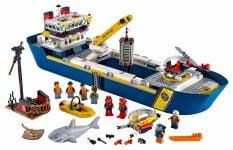 LEGO City 60266 Meeresforschungsschiff - © 2020 LEGO Group