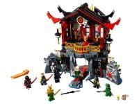 LEGO Ninjago 70643 Tempel der Auferstehung - © 2018 LEGO Group