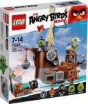 LEGO Angry Birds 75825 Piggy Pirate Ship - © 2016 LEGO Group