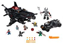 LEGO Super Heroes 76087 Flying Fox: Batmobil-Attacke aus der Luft - © 2017 LEGO Group